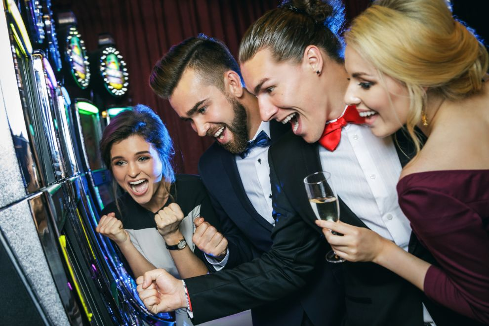 777 Slot Machine Games To Play At Home